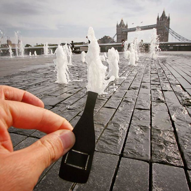 rich-mccor-adds-paper-cutouts-to-his-travel-photos-paperboyo-instagram-5